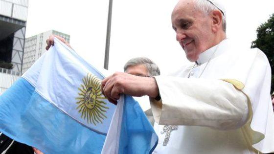El Papa Francisco protagoniza un anuncio de fútbol argentino