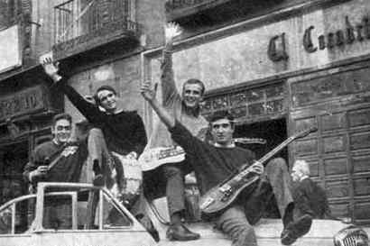 Julián Molero, «Batería, guitarra y twist»