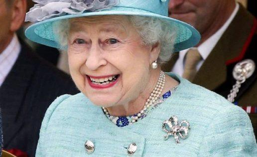 La Reina Isabel de Inglaterra, 90 años de rancio estilo