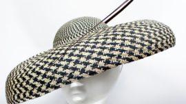 Dior Hats, un libro para entretener