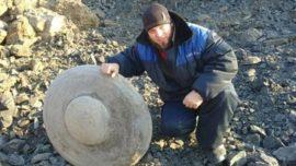 Descubren en Siberia un extraño objeto más antiguo que los mamuts