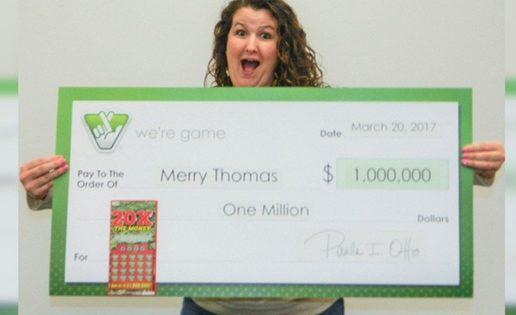 Una mujer le enseña a su amiga cómo jugar a la lotería y… gana 1 millón de dólares