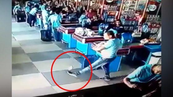 Se le cayó una lata en el supermercado y así evitó la caída