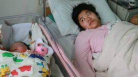 Mujer da a luz a un bebé de más de 7 kilos