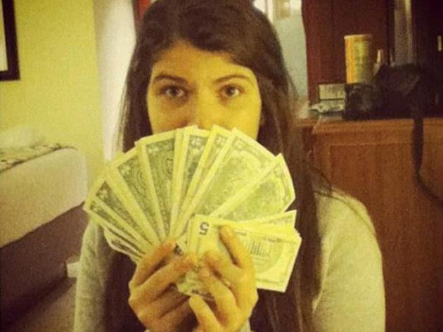 Los dólares de la hija de Chávez