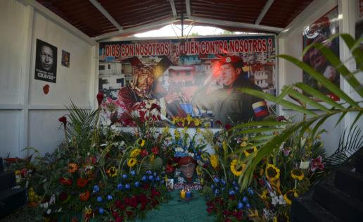"""""""Santo Hugo Chávez del 23"""""""