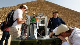 ¿Qué hay dentro de la cámara recién hallada en la Gran Pirámide de Keops?