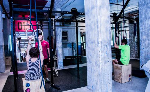 Ejercicios en el gimnasio ideales para adolescentes