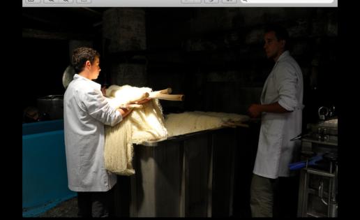 Artesana y de pura lana