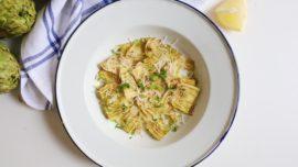 La receta del carpaccio de alcachofas y queso parmesano