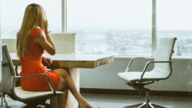 Trucos para no arruinar tu dieta en viajes o comidas de negocios