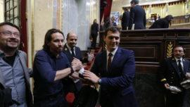 Ciudadanos se echa en brazos de Podemos
