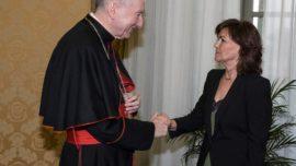 La ridícula visita de Carmen Calvo al Vaticano