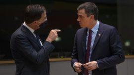 Pedro Sánchez, bajo la estricta vigilancia de la UE
