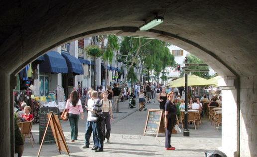 Las colas y el turismo en Gibraltar