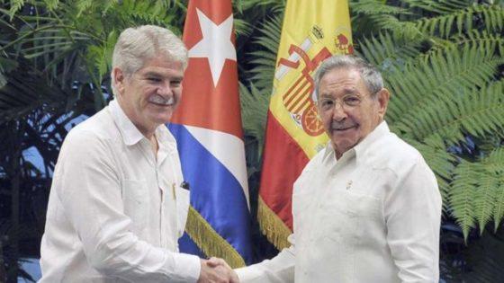 El incierto viaje de los Reyes a Cuba
