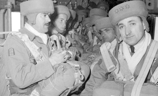 60 años de «paracas»: los boinas negras del Ejército
