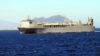 El buque que destruyó las armas químicas de Assad, a su paso por el Estrecho