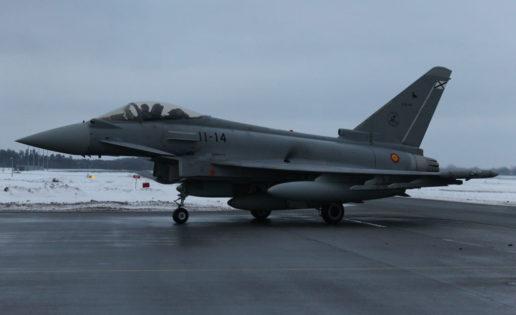 Primeras imágenes de los cazas Eurofighter españoles en Estonia