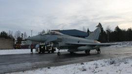 Vídeo: primer vuelo e imágenes de los caza Eurofighter en Estonia