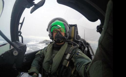 El «selfie» del piloto español del caza Eurofighter en el Báltico