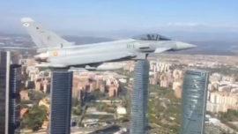 #12O: el vídeo del Eurofighter por la Castellana, el Bernabéu y las cuatro Torres