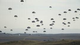 La Brigada Paracaidista saltará en Lituania en el marco de unas maniobras de la OTAN