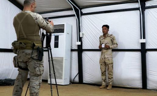 España planea enviar cien militares más a Irak con el nuevo Gobierno
