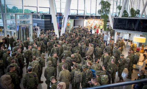 España comienza el despliegue de 1.380 efectivos en Polonia