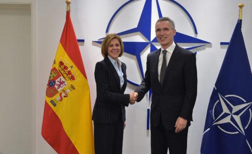 """Cospedal, a favor de """"ampliar y reforzar"""" la estructura de mando de la OTAN en España"""