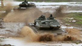 España desplegará por primera vez los carros Leopard y Pizarro en una misión exterior