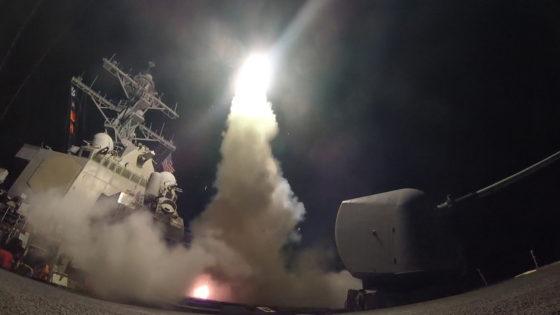 """Trump utiliza dos destructores con base en Rota para el ataque con misiles """"Tomahawk"""" sobre Siria"""