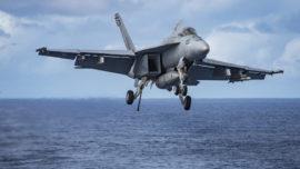 Se estrella un caza F-18 del portaaviones de EE.UU. que se dirige a Corea