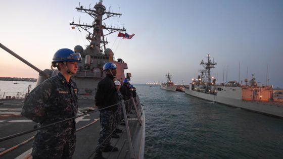 EE.UU. saca pecho de la llegada del destructor Porter a la base de Rota tras atacar Siria