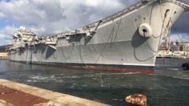 Vídeo: El portaaviones «Príncipe de Asturias» zarpa para su desguace en Turquía