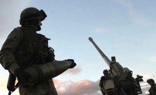 El Gobierno autoriza la compra de munición del 155 por 56 millones de euros