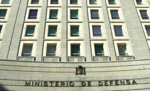 Defensa prevé ejecutar 20.025 contratos por 2.323 millones en 2018 (PEAs aparte)
