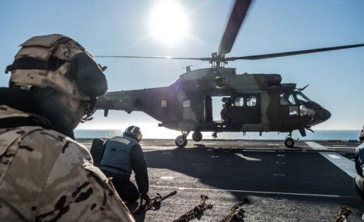 La Armada moviliza a 591 efectivos en su misión de transporte a Irak de cinco helicópteros del Ejército