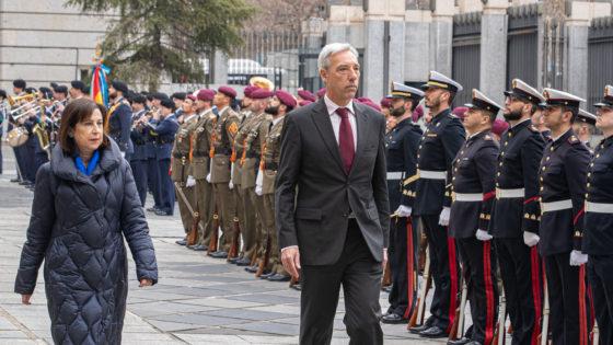 España descarta involucrarse en las nuevas misiones de Francia en Ormuz y el Sahel