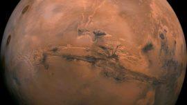 ¿Qué (o quién) está produciendo un exceso de oxígeno en Marte?