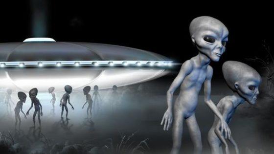 ¿Están los OVNI pilotados por humanos del futuro?