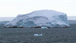 Aparece en la Antártida una isla desconocida