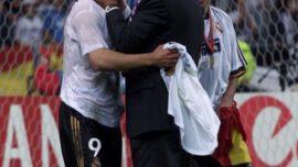 Veinte años de la primera final española de Champions, en París, que fue blanca, como lo fue la segunda, y la tercera