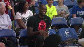 Así sufre LeBron James con su hijo