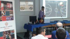 Baloncesto: ochenta aspirantes a nuevos árbitros de ECM