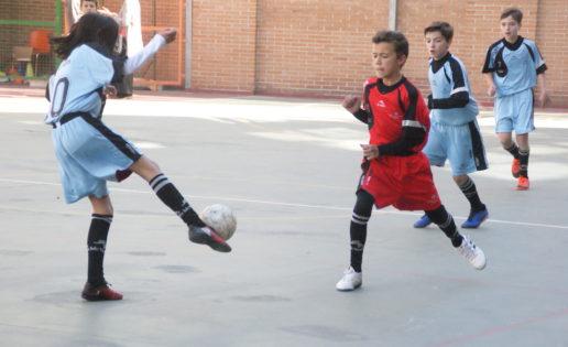 """Las mejores imágenes del partido de fútbol sala entre Sagrada Familia Jorge Juan """"A"""" y Nuestra Señora Consolación """"B"""""""