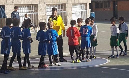 """""""Los peques"""" de SASR, Vedruna y Mater caminan hacia el campeonato"""
