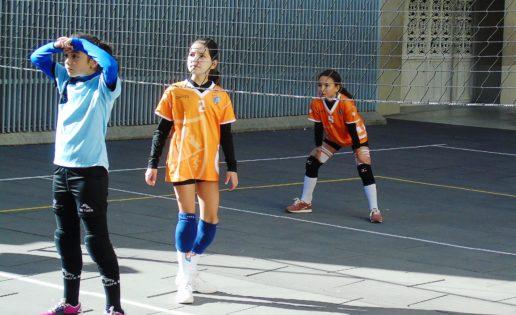 """Antamira y Ntra. Sra. Nieves """"B"""" logran la primera victoria de la temporada en minivoley alevín"""