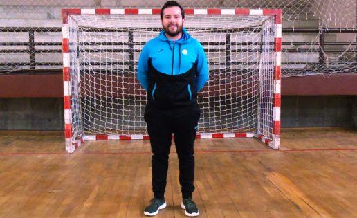 """Roberto Villalba, entrenador de Vedruna: """"Cuando tu rival hace todo lo posible, solo te queda felicitarle"""""""