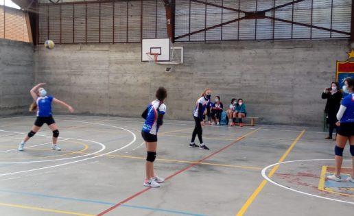 """Saint Louis des Français """"A"""", intratable en el grupo 3 de voleibol alevín mixto"""